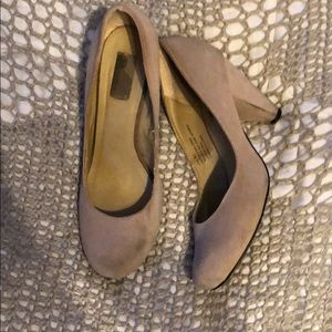 Urban outfitters suede heels size 8.5